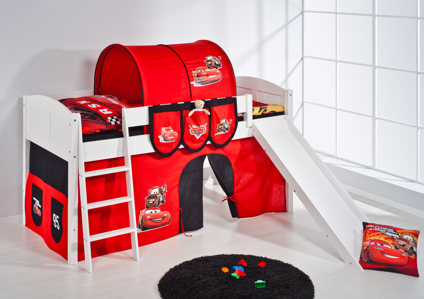spielbett hochbett kinderbett kinder bett mit rutsche. Black Bedroom Furniture Sets. Home Design Ideas