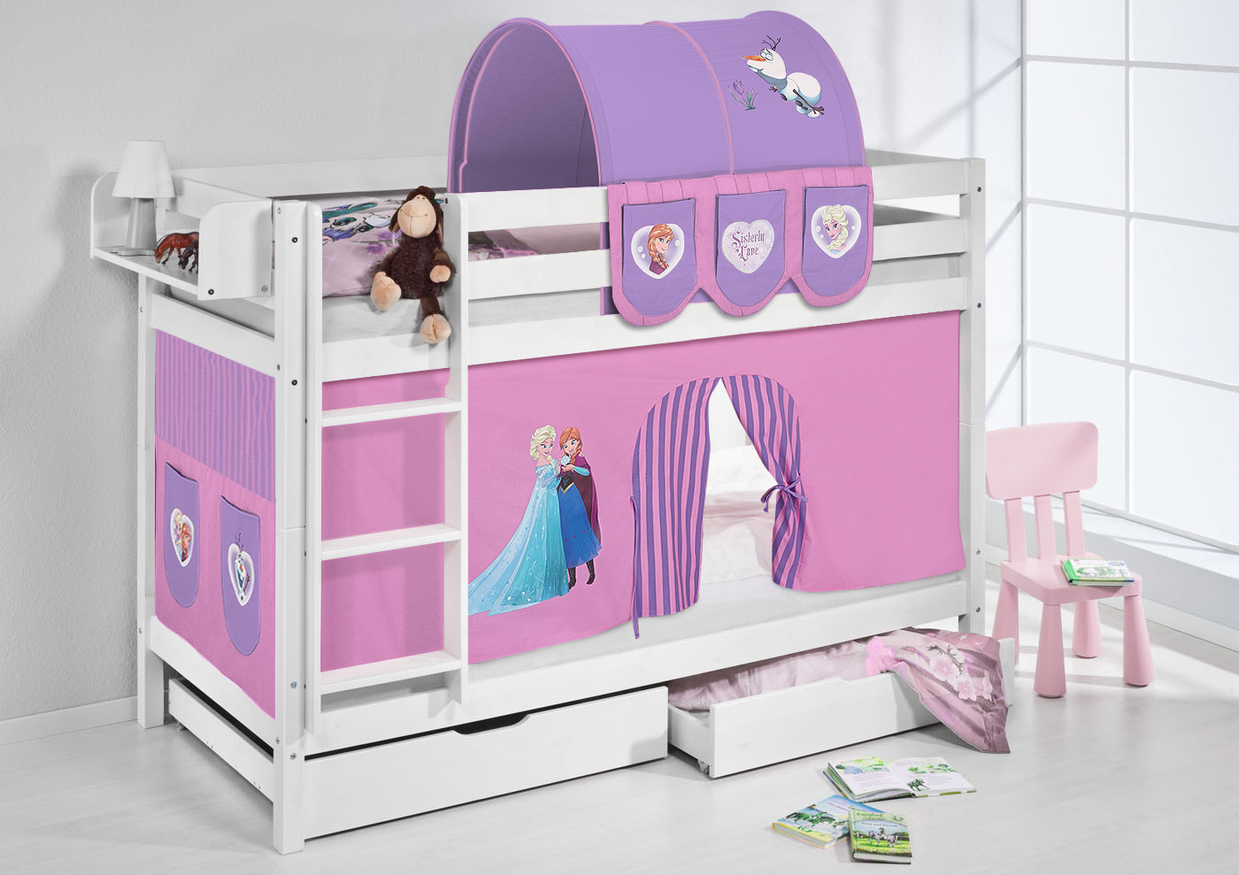 hochbett vorhang frozen lilokids hochbett disney 39 s frozen mit turm rutsche und vorhang. Black Bedroom Furniture Sets. Home Design Ideas