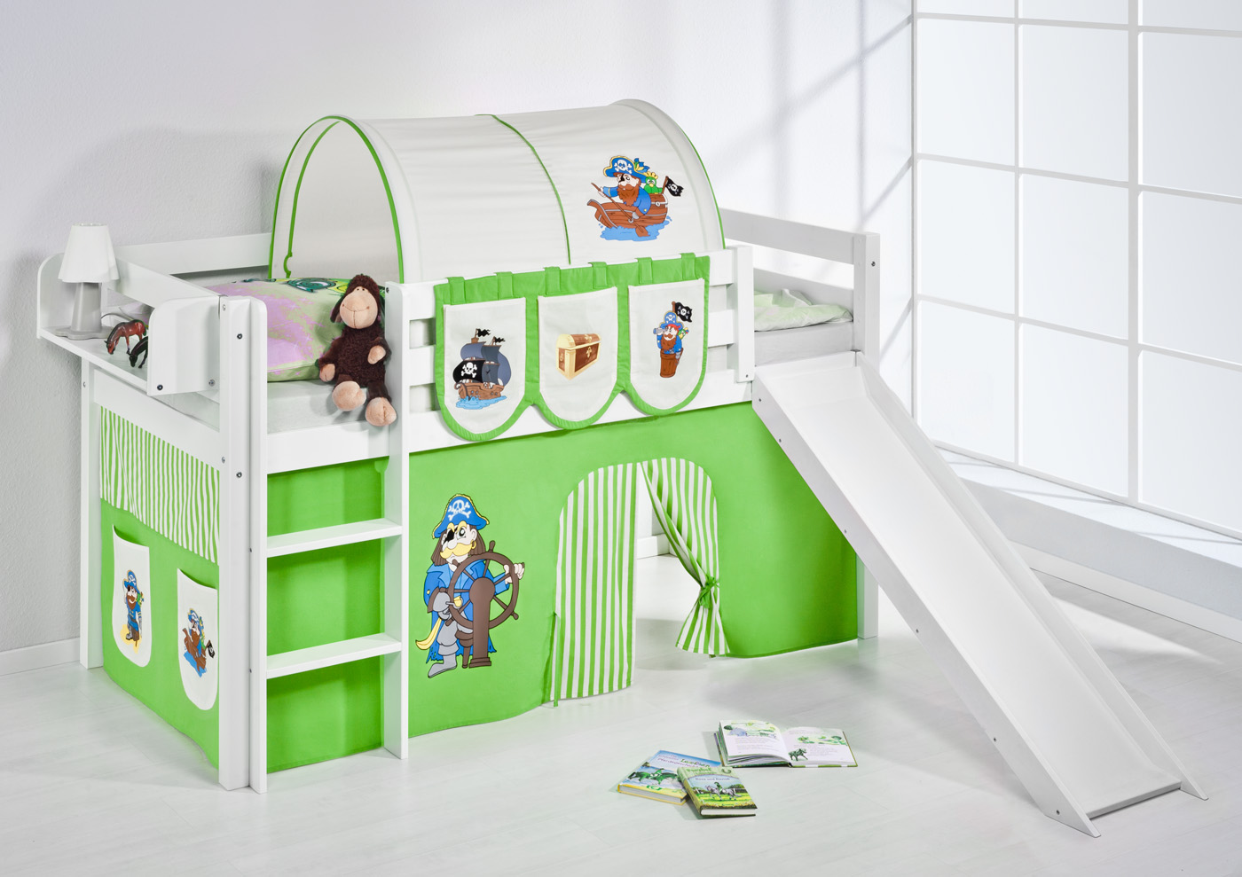 spielbett hochbett kinderbett jelle 190x90 weiss mit rutsche lilokids ebay. Black Bedroom Furniture Sets. Home Design Ideas